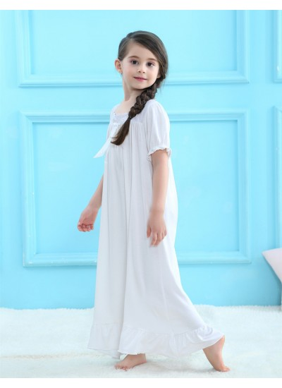 Girls long sleeved cotton pajamas for spring comfy set of pajamas female