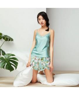 Retro Green sling ice silk pajama set for women luxury ladies silky nightwear