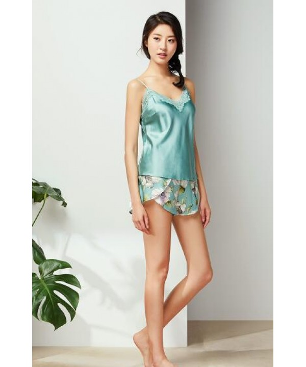 Retro Green sling ice silk pajama set for women luxury ladies silky nightwear