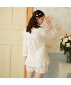 White Oversized Cotton Loose Middle Sleeve Shorts Ladies Pajamas Set For Summer