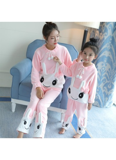 Long sleeved Flannel pajamas girls for autumn and winter family pajamas two sets