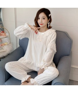 Warm Pullover Round Neck Long Sleeves Thick Lace Flannel Ladies Pajamas