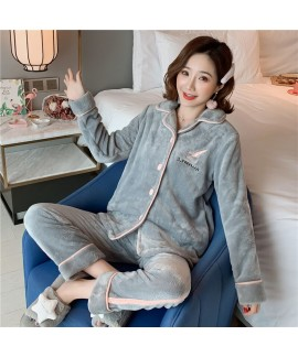 Thick And Simple Long Sleeve Cardigan Ladies Flannel Pajamas Set For Winter
