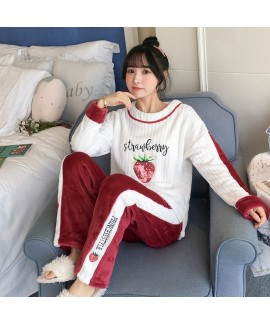 New Flannel Long Sleeve Strawberry Pattern Ladies Pajama Set For Winter