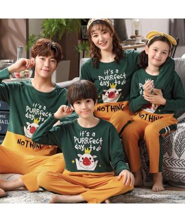 Cotton long-sleeved family of three mother and dau...