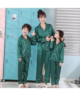 New pajamas for a family of three cartoon ice silk...