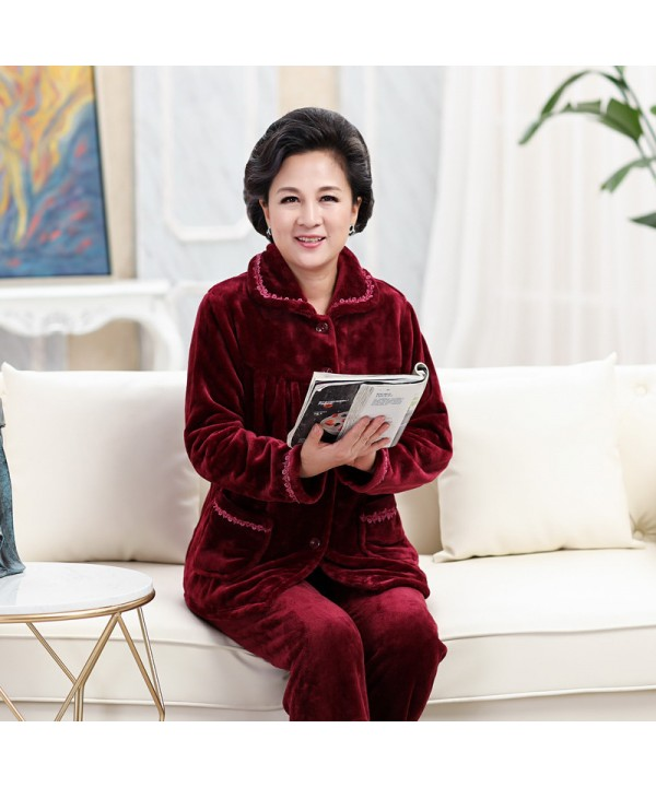 Plus size middle and old aged Flannel pajamas in autumn and winter